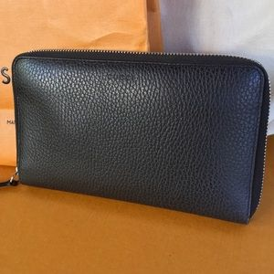 Gucci Brown Pebbled Leather Zip Around Wallet